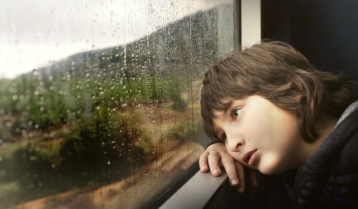 Ce faci când copilul e trist?